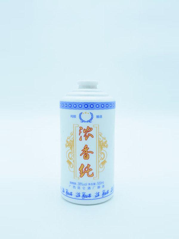 乳白瓶 082